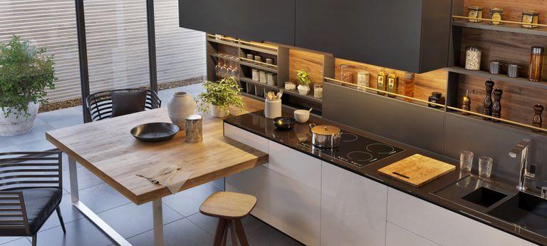 Materiali e tecniche per il rivestimento della cucina