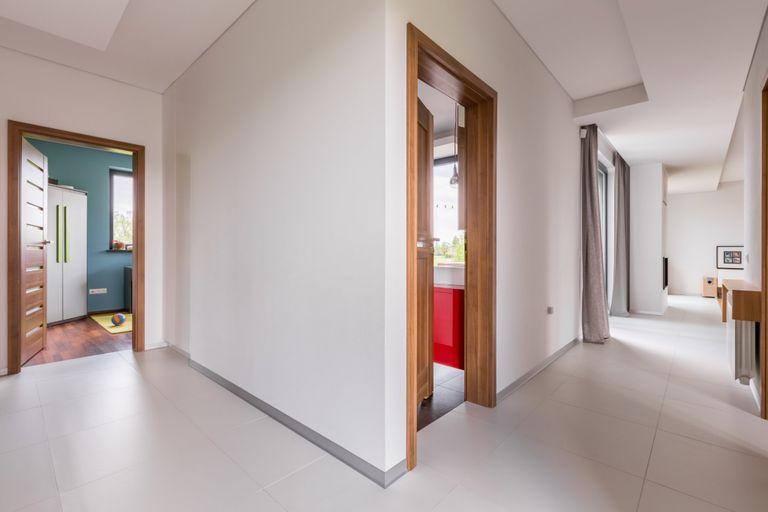 Montaggio di porte interne: prezzo e informazioni - Instapro