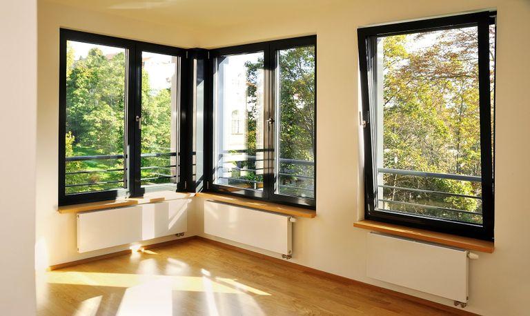 Installazione finestre vasistas prezzi e informazioni instapro - Finestra scorrevole costo ...