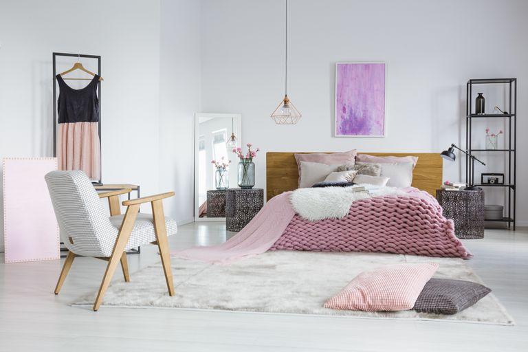 Camera da letto in stile shabby - Instapro
