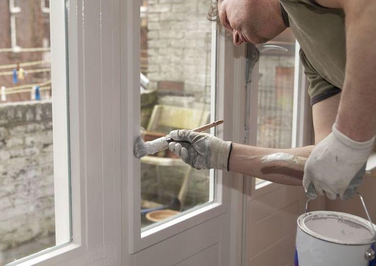 Quanto costa dipingere gli infissi guida ai prezzi instapro - Quanto costa una finestra in pvc ...