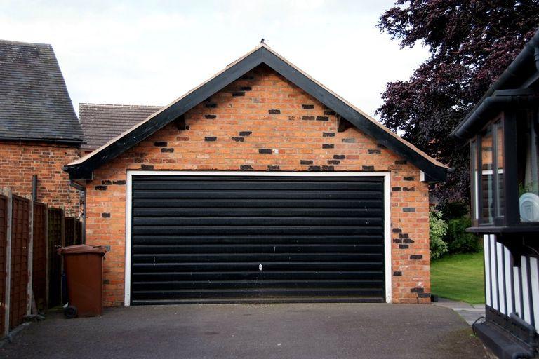 Costruzione del garage