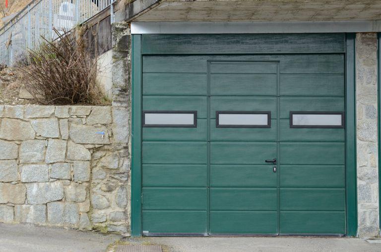 Vernicare il porta garage